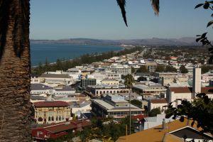 Napier: Wein und Art déco