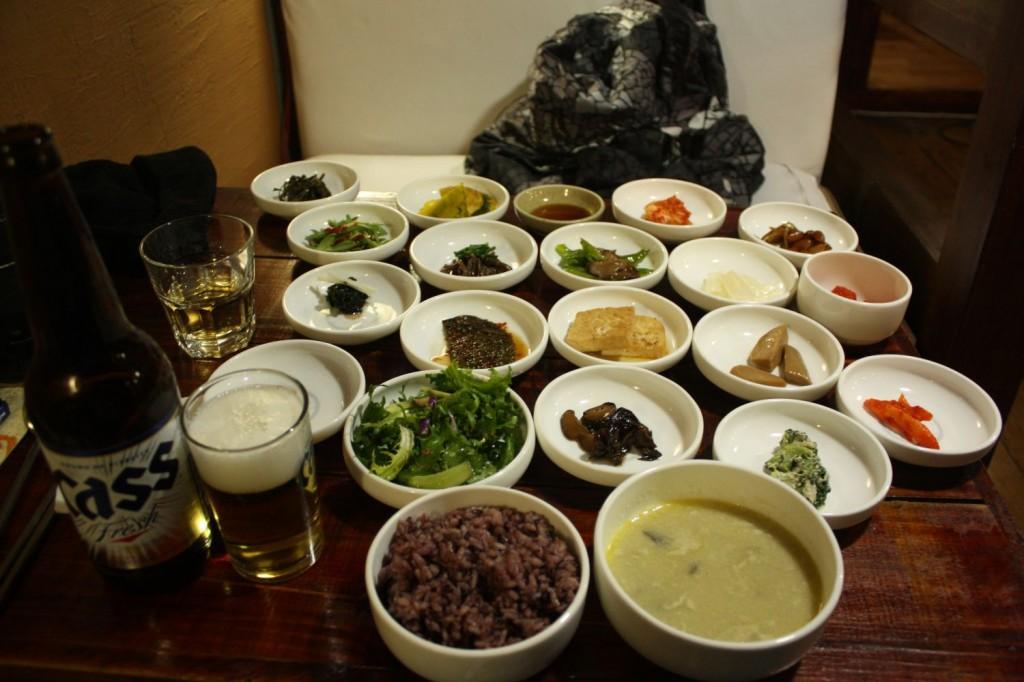 Essen im Restaurant in Seoul
