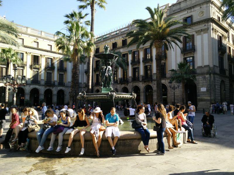Barcelona Plaça Reial Barrio Gotico