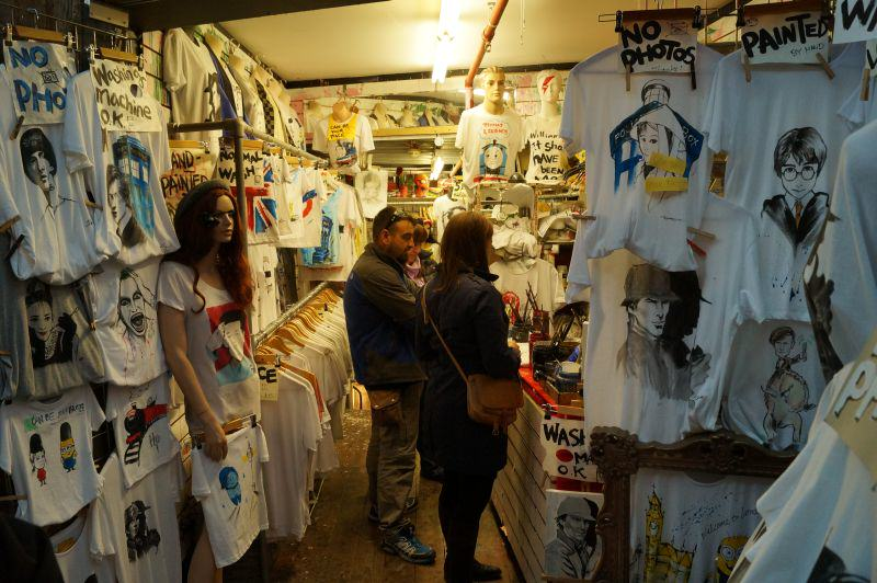 London Camden Market T-Shirt Shop