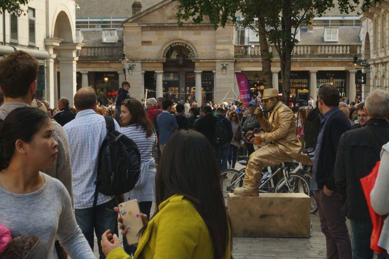 Schausteller an der Covent Garden Piazza