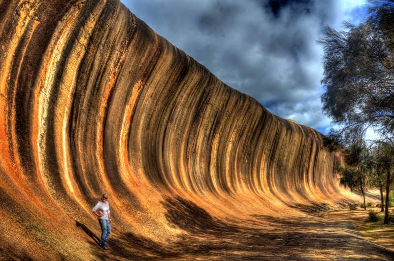 Felsen der wie eine Welle aussieht