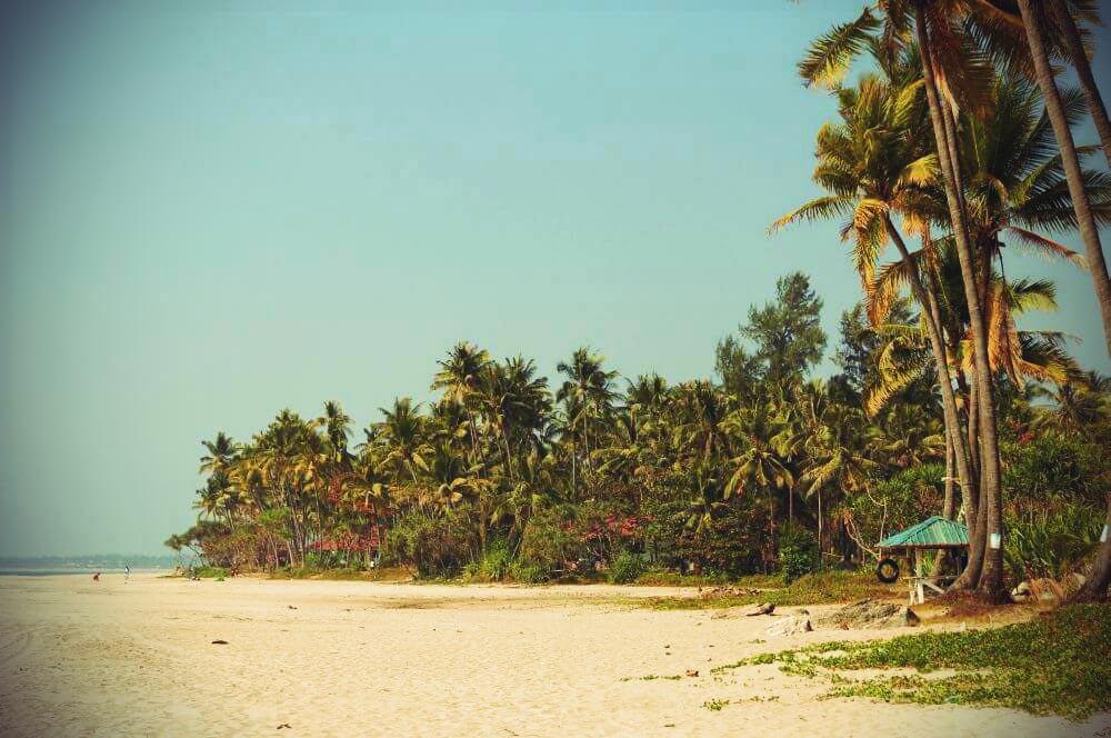 Ngwe Saung Beach Strandabschnitt in der Mitte