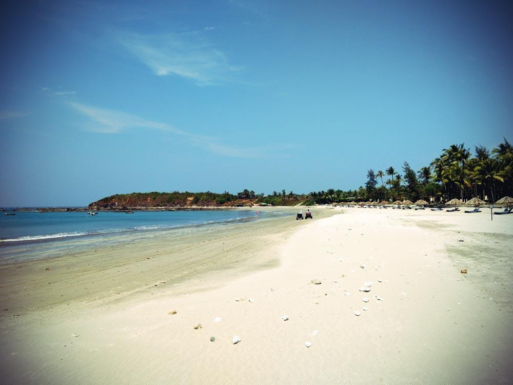Strandabschnitt im Norden Ngwe Saung