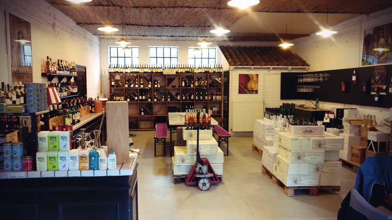 Wine shop for French wine in Düsseldorf: La Passion de Vin interior