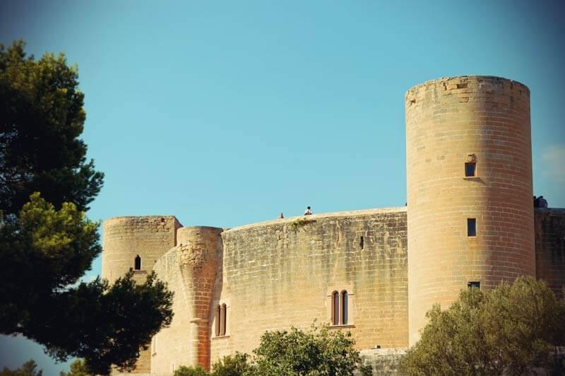 Burg Bellver Mauer