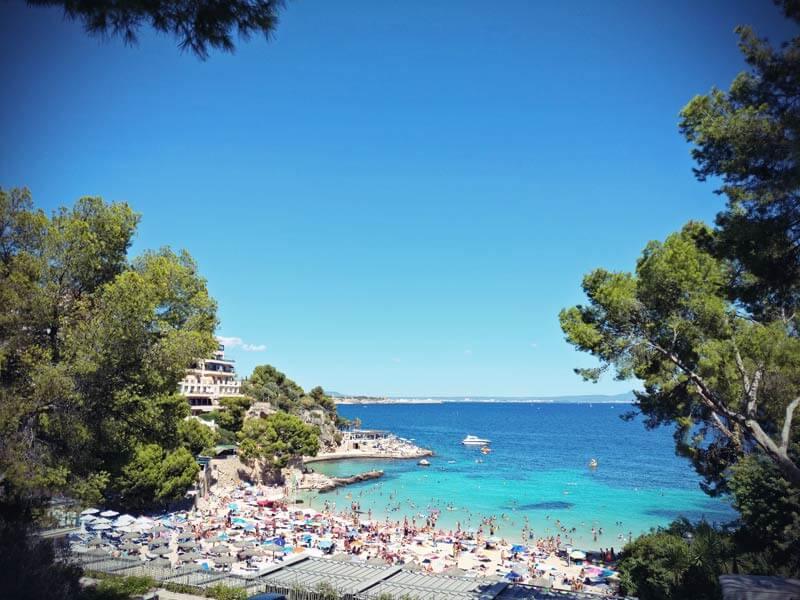 Palma überfüllter Strand