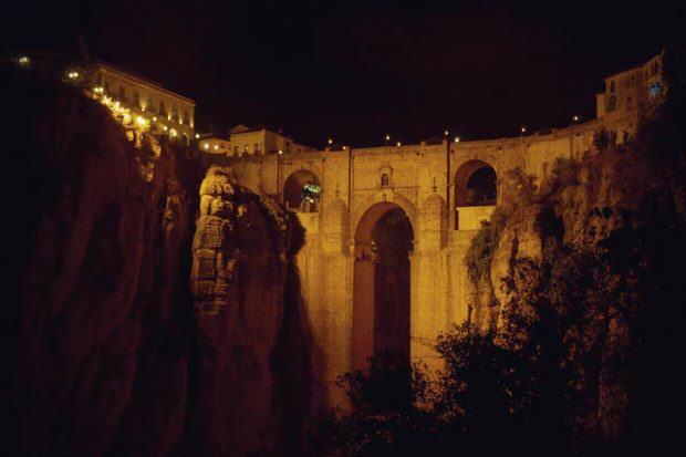 Brücke Puente Nuevo bei Nacht in Ronda