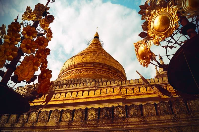 Goldener Tempel in Bagan Myanmar