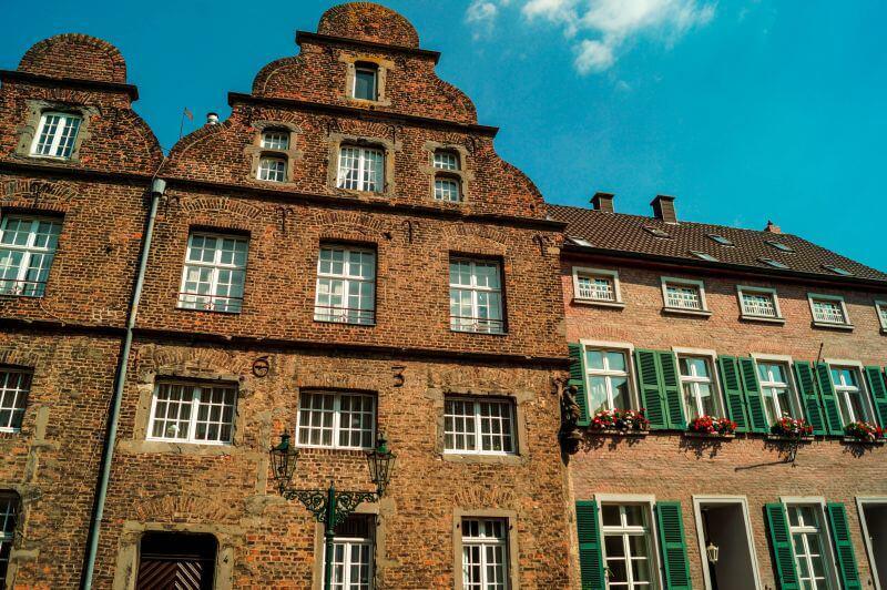 Kiaserswerth Häuserfassade