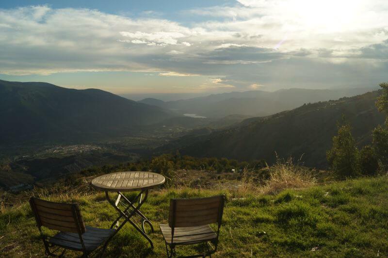 Blick über die Sierra Nevada in der Cortijo Solera