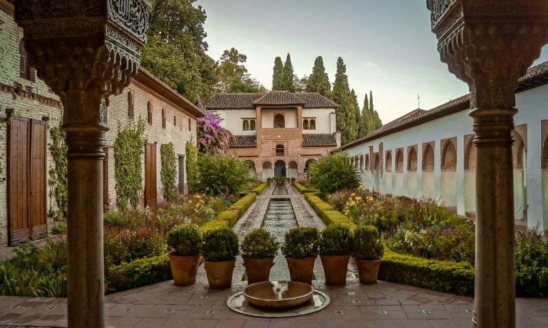 Generalife Brunnen in der Alhambra in Grenada