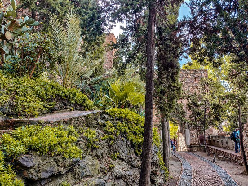 Málaga Tipps Gartenanlage im Inneren der Alcazaba