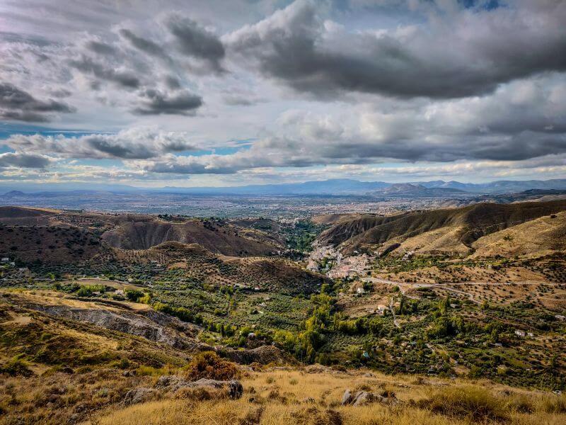 Ausblick vom Monachil Los Cahorros Rundweg.