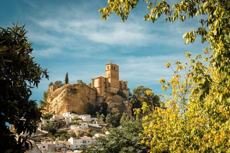 Montefrio und Blick auf die Burg