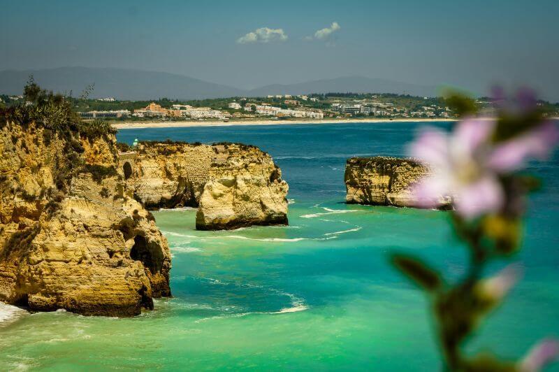 Küste in Lagos in der Algarve