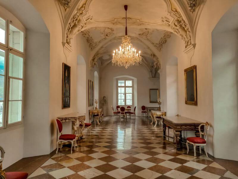 Gang im Domquartier in Salzburg