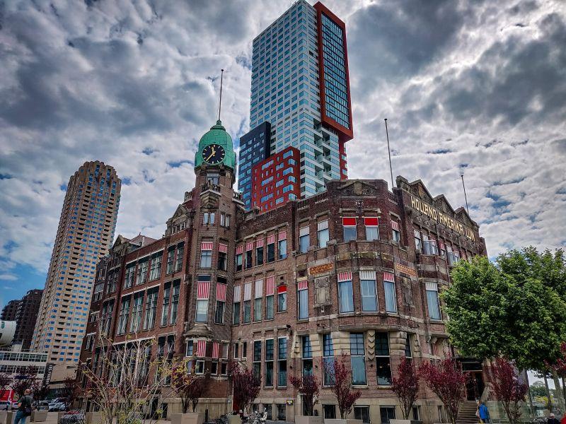 Hotel New York in der ehemaligen Holland-Amerika-Lijn Reederei