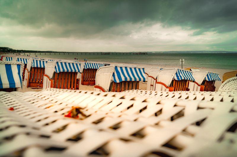 Strandkörbe am Strand von Binz auf Rügen