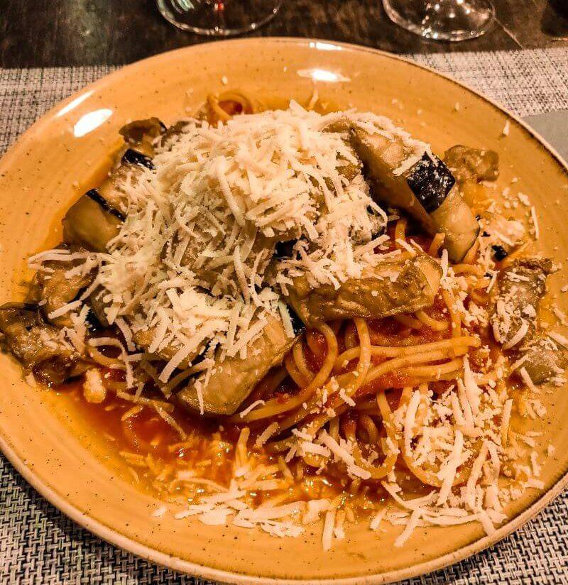 Typisch sizilianisches Gericht aus Catania: Pasta alla Norma