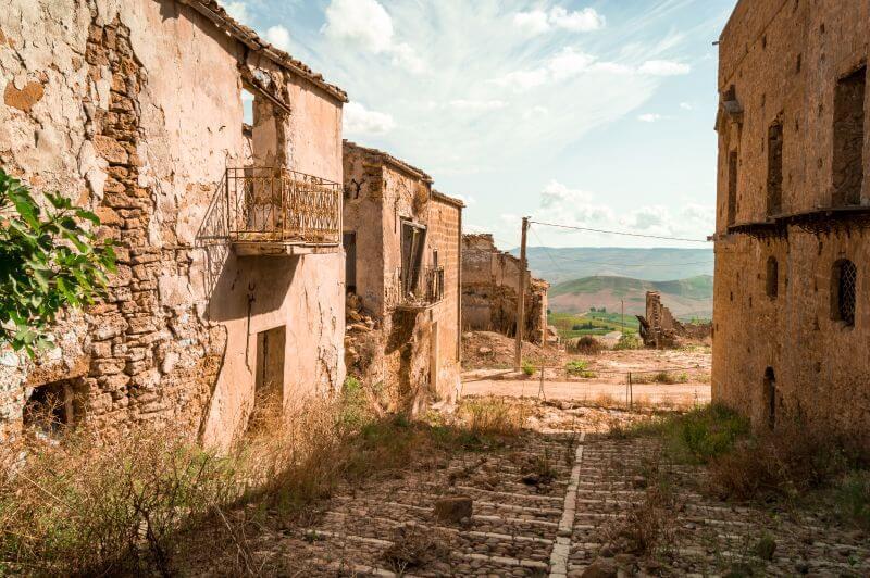 Sizilien Rundreise: Die Geisterstadt von Poggioreale