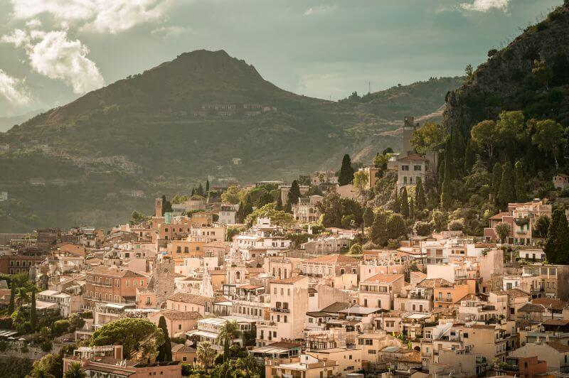 Blick auf Taormina auf Sizilien