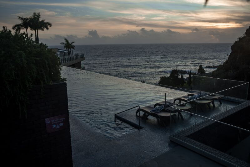 Infinity Pool Saccharum resort