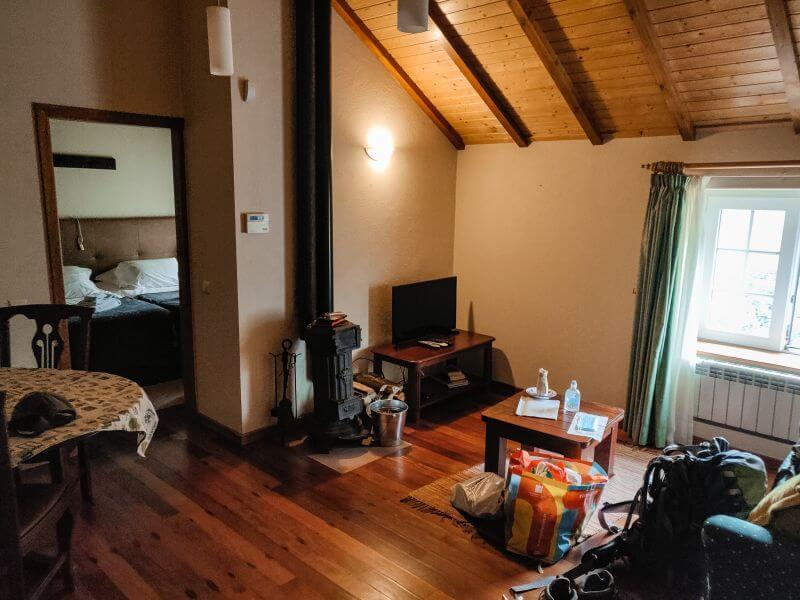 Madeira Unterkuenfte Ribeiro frio cottages Kachelofen