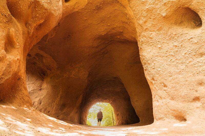 Trasshöhlen Eingang